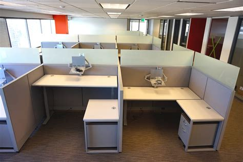 ducky s office furniture