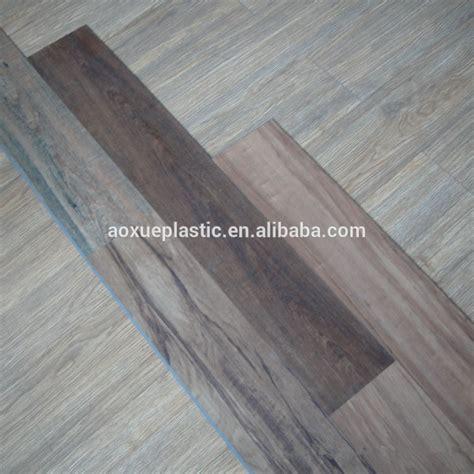 piastrelle pvc prezzi piastrelle ad incastro plastica pvc effetto legno
