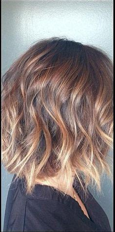 10 it girl approved no fuss hairstyles for short hair stylecaster 10 no fuss it girl approved hairstyles for short hair