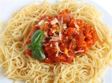 Many Olive Garden And Macaroni Grill Dishes Are 1 000 Calories Consumerist Olive Garden Cappellini Pomodoro Allfreecopycatrecipes