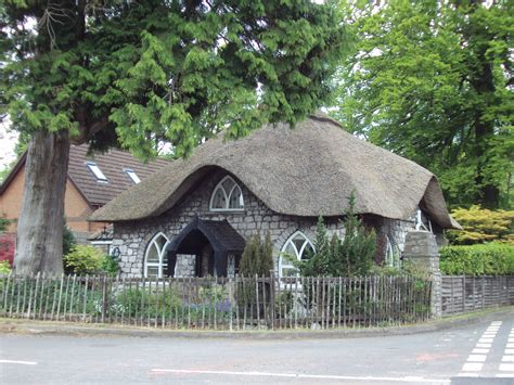 thatched cottage file thatched cottage sneyd park bristol dsc05732 jpg