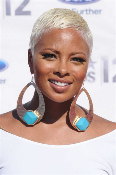 Short afro hairstyles for black women