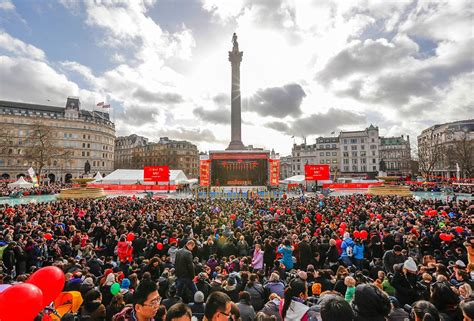 new year 2015 trafalgar square china lamacchia travel