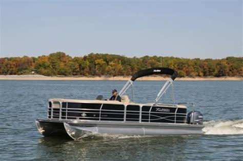 xcursion pontoon reviews boat test monday xcursion 23 rf pontoon deck boat