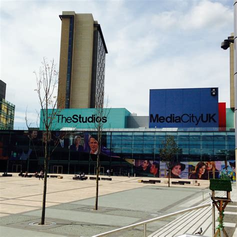 Of Salford Mba by Why Start Your Digital Marketing Career At Mediacityuk