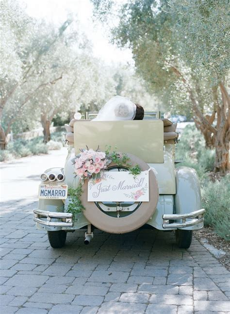 17 Best ideas about Just Married Car on Pinterest   Just