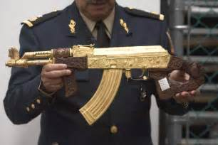 Hermes Engraving Machine Mexican Drug Gang Guns