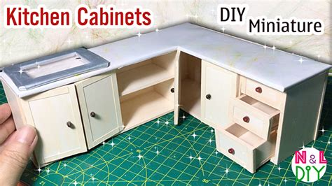 Real Working Miniature Kitchen by How To Make Kitchen Cabinets For Dollhouse
