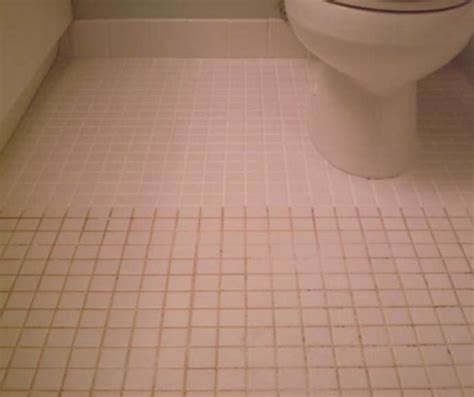 how to clean bathroom tiles with vinegar mix 7 cups water 1 2 cup baking soda 1 3 cup lemon juice