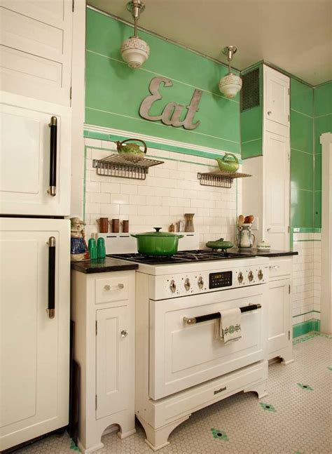retro kitchen decor best 25 retro kitchens ideas on pinterest vintage