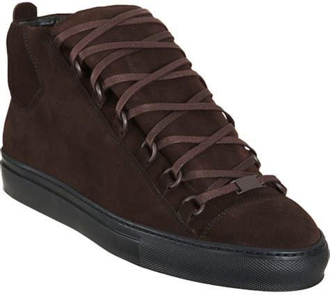 brown balenciaga sneakers matt kemp wearing fendi shirt zanerobe and