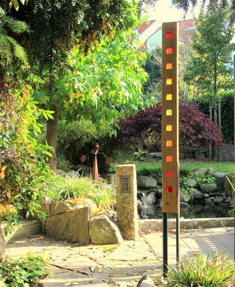 Gartendeko Holz Blatt by Skulpturen Gartenskulptur Aus Holz Und Glas Ein
