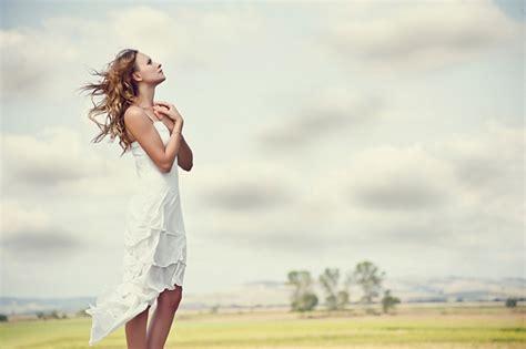 imagenes mujer orando 187 la mujer virtuosa