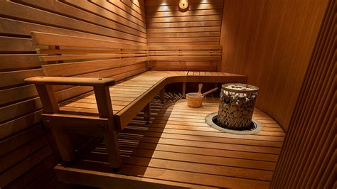 How Should You Stay In A Sauna To Detox by Should You Use The Sauna After A Workout Origin