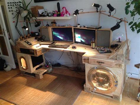 desk made from steunk desk made of pallets part 2 pallet furniture