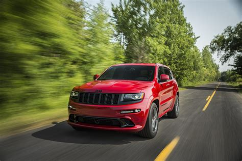 hellcat jeep 2015 jeep grand cherokee srt is no hellcat autoevolution
