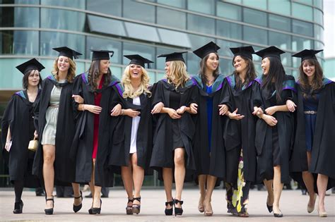 Of Hertfordshire Mba Ranking by Graduations Summer 2013 News