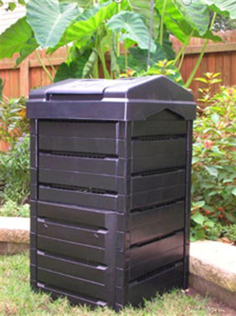 compostiera da terrazzo come si prepara il compost per orto e giardino