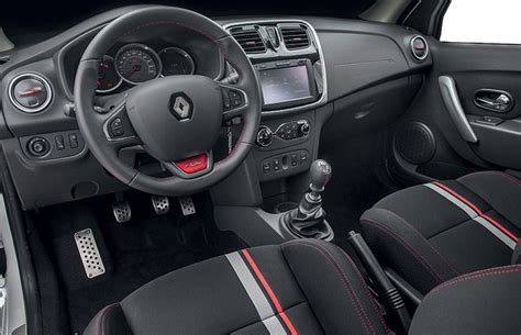 sandero renault interior presenta renault sandero r s 2 0