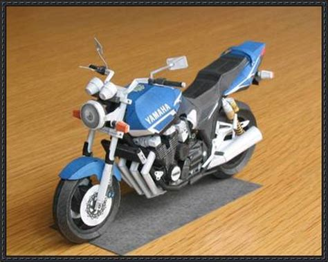 Papercraft Yamaha - motorcycle paper model papercrafts papercraftsquare