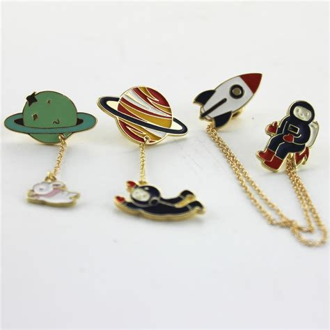 fashion vintage enamel 3 style spaceman planet charm