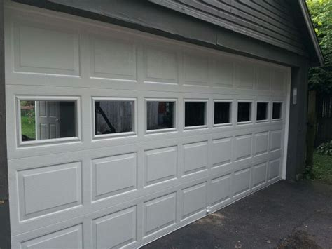 Raynor Garage Door by 25 Best Ideas About Raynor Garage Doors On
