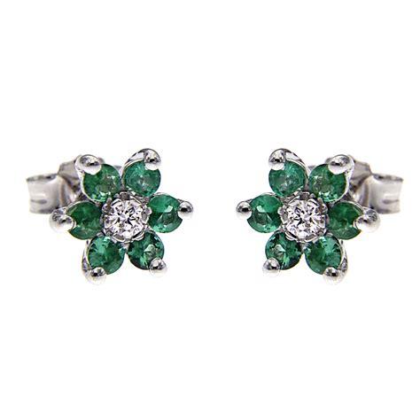 orecchini a fiore orecchini fiore con diamanti ct 0 08 e 12 smeraldi ct 0 60