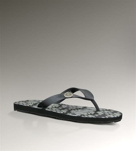 most comfortable flip flops for women womens ikat flare by ugg australia flip flop obsession