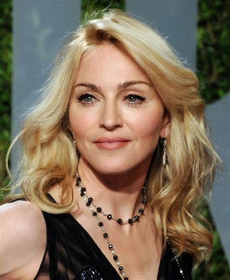 55year old woman face frances bean plastic surgery at 21 herinterest com