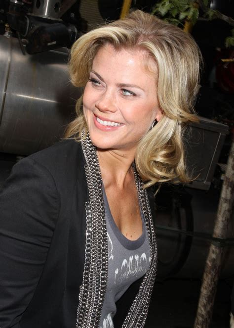 days of our lives short blonde hair days of our lives short hair blonde woman alison sweeney