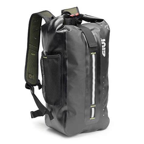 Givi Motorrad Rucksack Wp403 by Givi Grt701 Gravel T Range Waterproof Compact Backpack