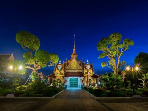 film blue bangkok wallpaper temple under the blue sky bangkok thailand