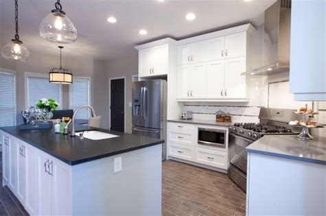 property brothers kitchen designs 35 best justin images on los hermanos property brothers and arquitetura