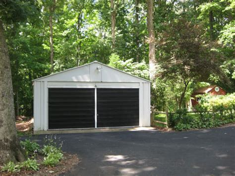 How To Paint A Metal Garage Door by Painting A Garage Door Is Easy And Affordable Here S How