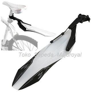 Helm Sepeda Merk Bell aksesoris sepeda jual aksesoris sepeda gunung
