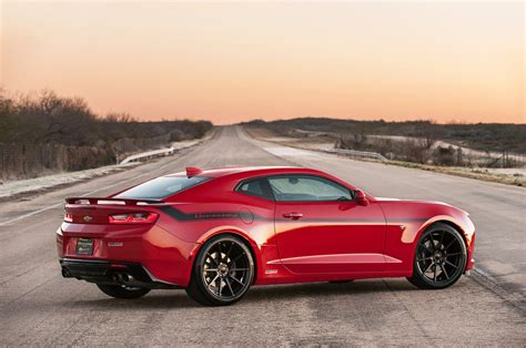camaro ss hennessey hennessey performance cracks 200 mph in a 2016 chevrolet