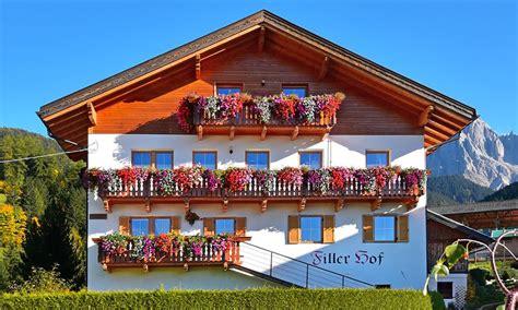appartamenti in val di funes appartamento vacanza nella val di funes fillerhof