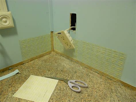 How To Remove Simple Mat From Wall by Installing Tile Using Simple Mat