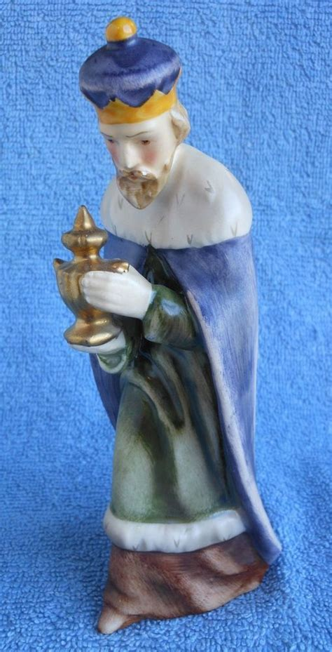 sacrart nativity hx82 22 best images about hummel nativity on