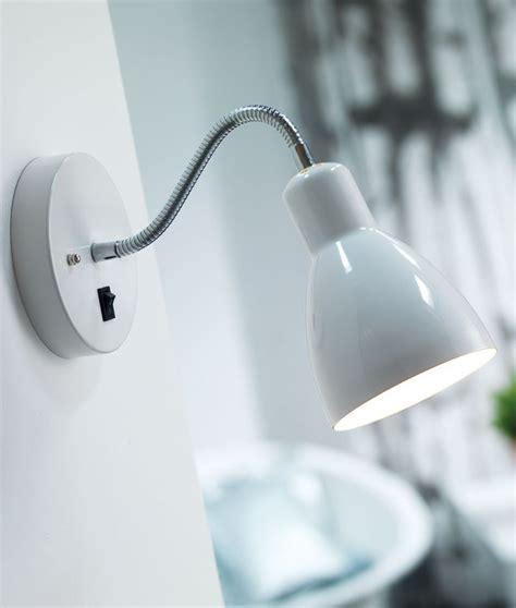 2nd ii none back up the wall switched wall light in white or black