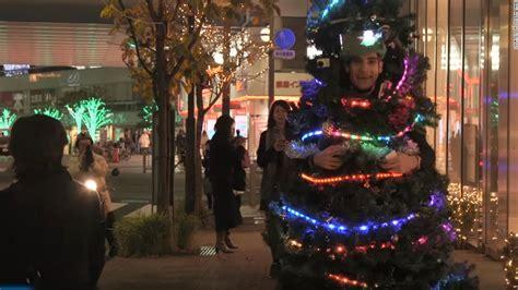 man runs around tokyo dressed as a christmas tree cnn com