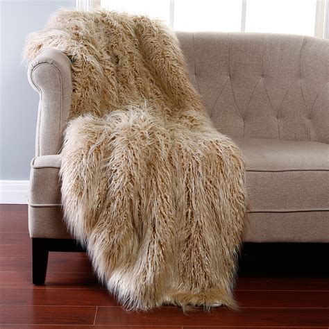 decke fellimitat luxury faux fur blanket homesfeed
