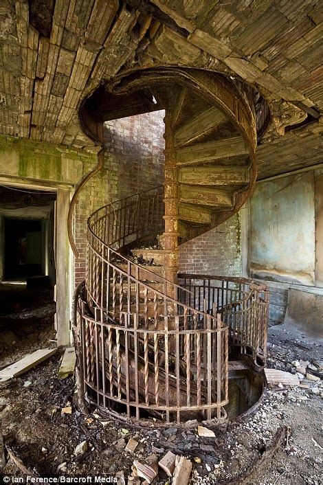 Bathtub Eureka North Brother Island Eerie Pictures Of Abandoned New York