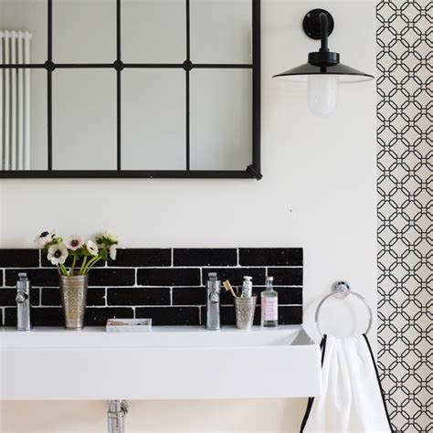 Black And White Modern Bathroom Black And White Contemporary Bathroom Bathroom Decorating Ideas Housetohome Co Uk