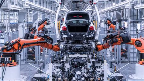 bmw factory robots bmw 5 series g30 production line bmw factory