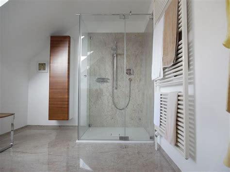 helle fliesen helle fliesengestaltung bad dusche