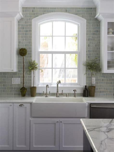 Modern Farmhouse Sink W Marble Backsplash Http Www Farmhouse Kitchen Backsplash