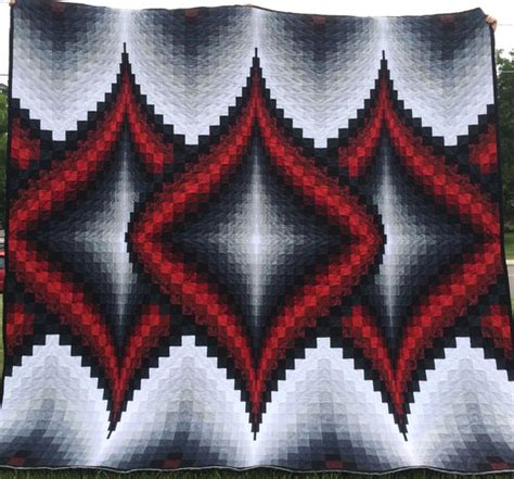 black and white bargello quilt pattern bargello quilts twists and patterns on pinterest