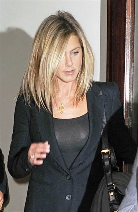 Aniston Friends Hairstyles by Aniston Medium Hairstyle Behairstyles