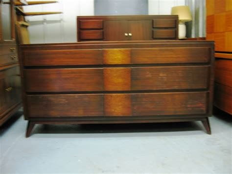 1940s bedroom furniture 1940 s modern bedroom set collectors weekly